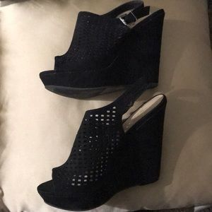 Chinese Laundry Shoes - Chinese Laundry bootie heel
